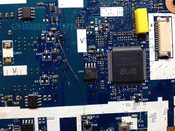 lỗi Acer E1-471 có nguồn không lên màn